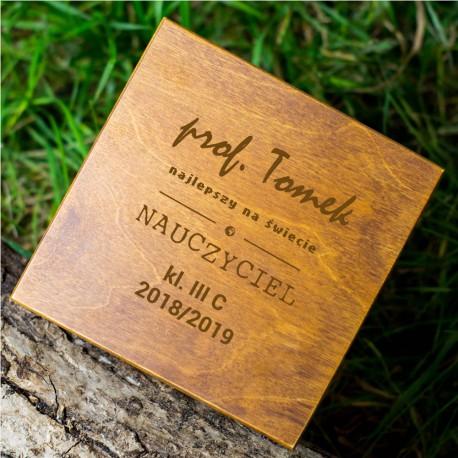 Pudełko na prezent drewniane