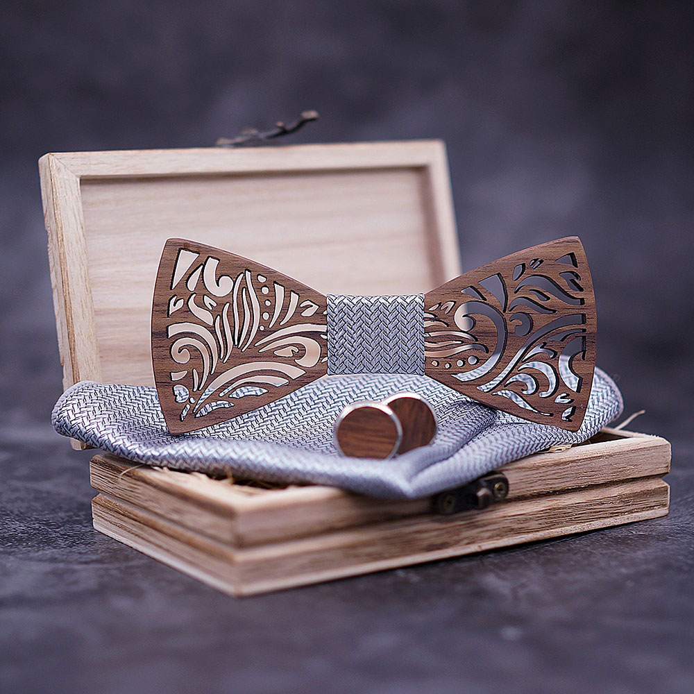 drewniana muszka do garnituru ślubnego